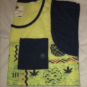 996f990e67981 on the byas Shirts - Pineapple tropical Men s tank top small nwt